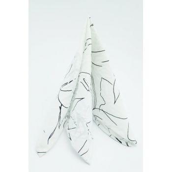 Нагрудный карман белый с черным узором Арт.00010